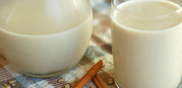 Tej helyett mit igyunk? - Növényi tej receptek